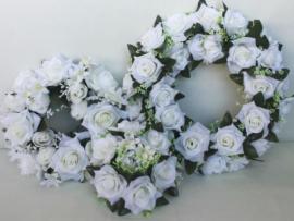 Венкис розами для свадебного декора 3 шт 002136