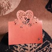 банкетная карточка розовая с лазерной резкой фото