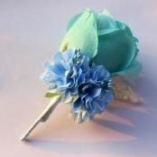 бутоньерка голубая фото