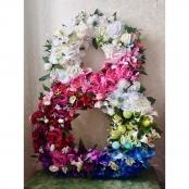 цветочная фотозона на 8 марта ростовая цифра