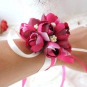 малиновые цветы для подружек невесты купить