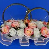 кольца на машину с чайно-розовыми розами купить