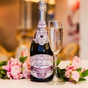 наклейки на свадебное шампанское сиренево-фиолетовые