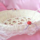 большое блюдо для лепестков роз