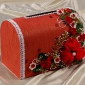 сундучок красный цветочный фото