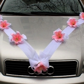 лента атласная с бантами и розовыми лилиями