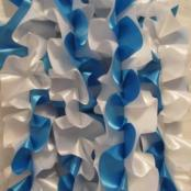 синяя лента на машину фото