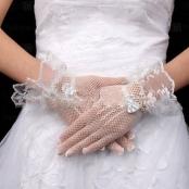 перчатки короткие сетка белые