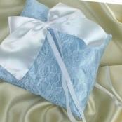 подушечка для колец голубая с бантом