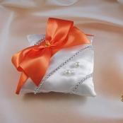подушечка для колец оранжевая фото