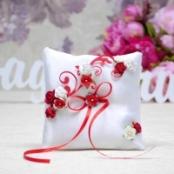 красно-белая подушечка для колец купить