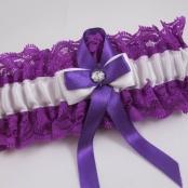 фиолетовая подвязка невесты фото