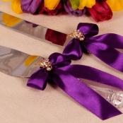 нож и лопатка для свадебного торта фиолетовые фото
