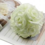 шар из искусственных цветов айвори фото