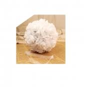 шар из белых искусственных роз фото
