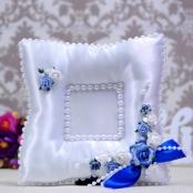 подушечка для колец сине-белая фото