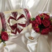 кружевной бордовый сундучок на свадьбу картинка