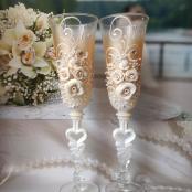 бежевые свадебные бокалы на свадьбу фото
