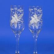 прозрачны бокалы с голубями фото