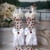 красные свадебные окалы фото
