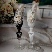 свадебные бокалы Жених и Невеста с цветочным ручным декором