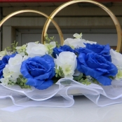 кольца на машину бело-синие фото