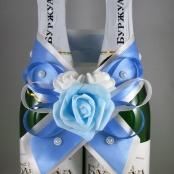 украшение на шампанское голубое фото