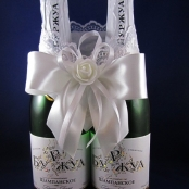 украшение на шампанское белое фото